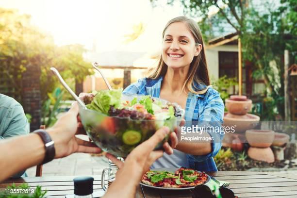 siempre trate de hacer que cada comida sea sana - salad fotografías e imágenes de stock
