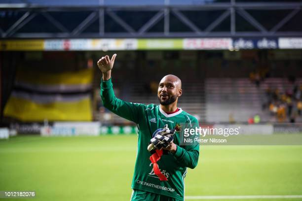 Aly Keita of Ostersunds FK cheers to the fans after the Allsvenskan match between IF Elfsborg and Ostersunds FK at Boras Arena on August 6 2018 in...