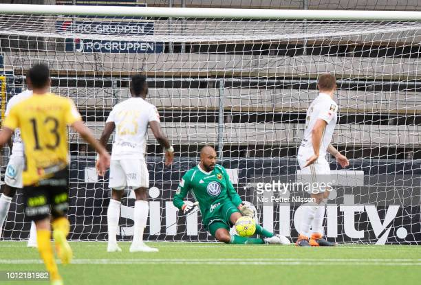 Aly Keita of Ostersunds FK makes a save during the Allsvenskan match between IF Elfsborg and Ostersunds FK at Boras Arena on August 6 2018 in Boras...