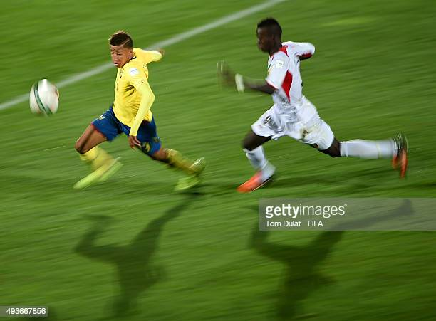 Aly Malle of Mali and Byron David Castillo Segura of Ecuador in action during the FIFA U17 World Cup Chile group D match between Ecuador and Mali at...