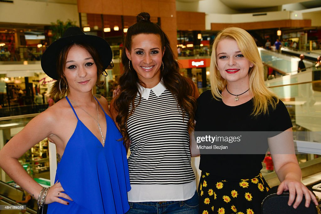 Alya, Melissa Marty, and Darla Fox attend American Idol Auditions At bBooth on August 15, 2015 in Culver City, California.