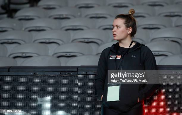 Alyce Parker looks on performs the yo-yo test during the AFLW Draft Combine at Marvel Stadium on October 3, 2018 in Melbourne, Australia.