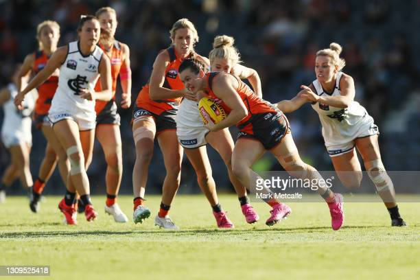 Alyce Parker of the Giants in action during the round 9 AFLW match between the GWS Giants and the Carlton Blues at Blacktown International Sportspark...