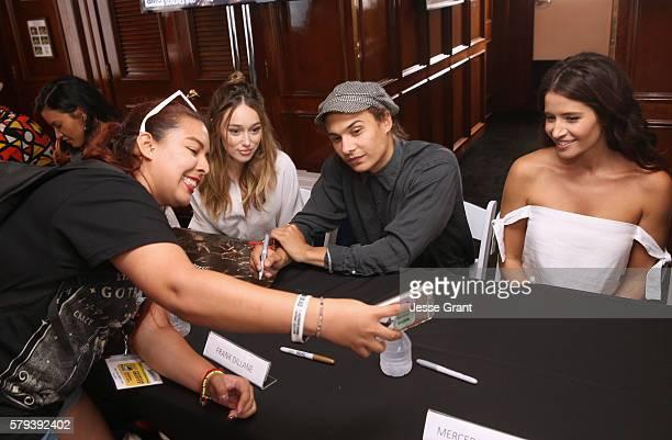 Alycia DebnamCarey Frank Dillane and Mercedes Mason attend AMC at ComicCon on July 23 2016 in San Diego California
