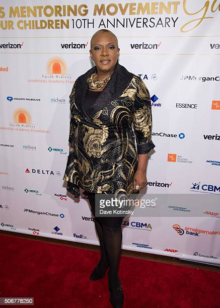 Alyson Williams attends the 2016 National CARES Mentoring Movement 'For the Love Of Our Children' Gala at 583 Park Avenue on January 25 2016 in New...