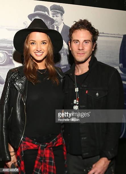 Alyssa Arce and Gregory Siff attend The Art of Elysium Private Funraiser Art Auction hosted by Board Member Christopher R King on October 30 2014 in...