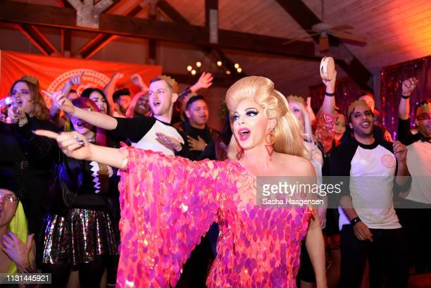 Alyssa Edwards dances with campers at the Talent Show during Camp TAZO on March 16 2019 in Marble Falls Texas TAZO partners with drag star Alyssa...