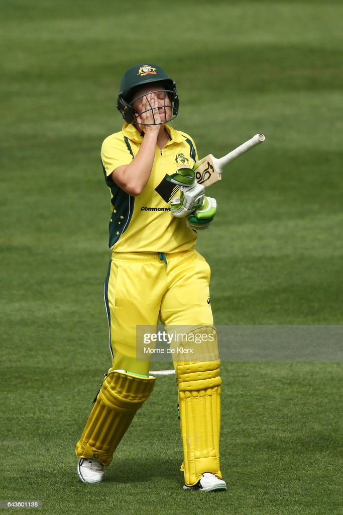 Alyssa Healy of Australia leaves the field after getting out to Suzie Bates of New Zealand during the Women's Twenty20 International match between the Australia Southern Stars and the New Zealand White Ferns at Adelaide Oval on February 22, 2017 in Adelaide, Australia.