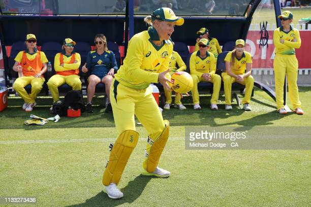 Alyssa Healy of Australia warms up during game three of the One Day International Series between Australia and New Zealand at Junction Oval on March...