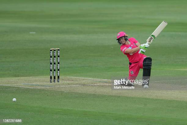 Alyssa Healy of the Sixers bats during the Women's Big Bash League WBBL match between the Sydney Sixers and the Adelaide Strikers at North Sydney...