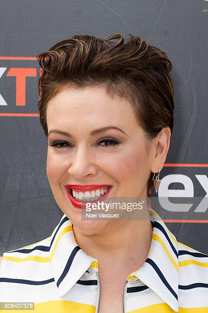 Alyssa Milano visits 'Extra' at Universal Studios Hollywood on May 4 2016 in Universal City California