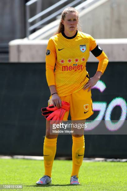 Alyssa Naeher of Chicago Red Stars reacts after being defeated by the Houston Dash in the championship game of the NWSL Challenge Cup at Rio Tinto...