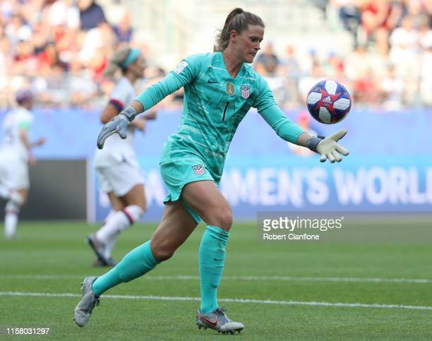 Alyssa Naeher of the USA kicks the ball during the 2019 FIFA Women's World Cup France Round Of 16 match between Spain and USA at Stade Auguste...