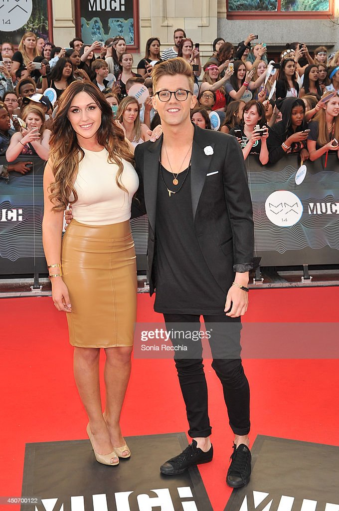 Alyssa Reid and Virginia To Vegas arrive at the 2014 MuchMusic Video Awards at MuchMusic HQ on June 15, 2014 in Toronto, Canada.