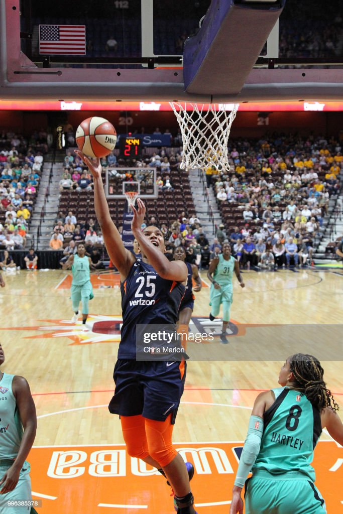 Alyssa Thomas #25 of the Connecticut Sun goes to the basket against the New York Liberty on July 11, 2018 at the Mohegan Sun Arena in Uncasville, Connecticut.