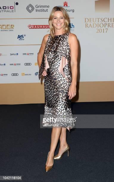 Am 07 092017 wird der Deutsche Radiopreis 2017 moderiert von Barbara Schöneberger verliehen Die Gala findet in der Elbphilharmonie Platz der...