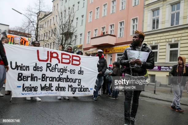 Am 20 März 2016 haben in Berlin rund 5000 Menschen gegen Rassismus Rechtspopulismus und die ausgrenzende Abschottungspolitik der Europäischen Union...