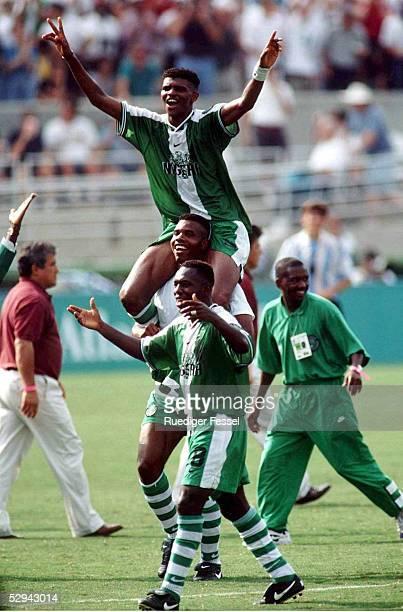 Am 3.8.96, NIGERIA - TEAM - Jubel