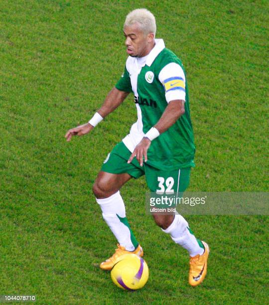 Am Ball Marcelinho vom VfL WOB Aus Pokal Viertelfinale VfL Wolfsburg gegen den HSV Hamburg 21 nV