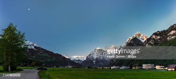 glarus - saturday 06:00 am - utc−10:00 stock pictures, royalty-free photos & images