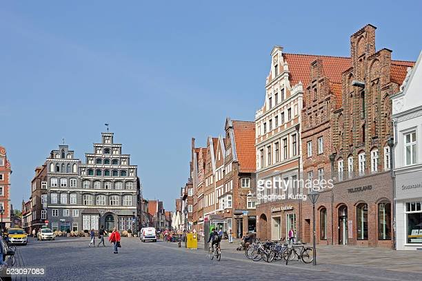 am sande square, luneburg, lower saxony, germany - lüneburg stock photos and pictures