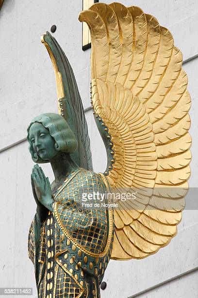 am steinhof church (leopold's church). angel by othmar schimtowitz. - art nouveau stock pictures, royalty-free photos & images