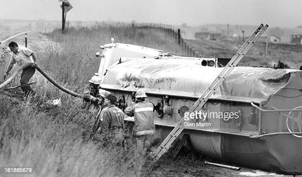 AUG 27 1987 South Parker Road was closed for 10 hours from 120 am to 1117 am Wednesday after a tanker carrying 8687 gallons of regular and unleaded...