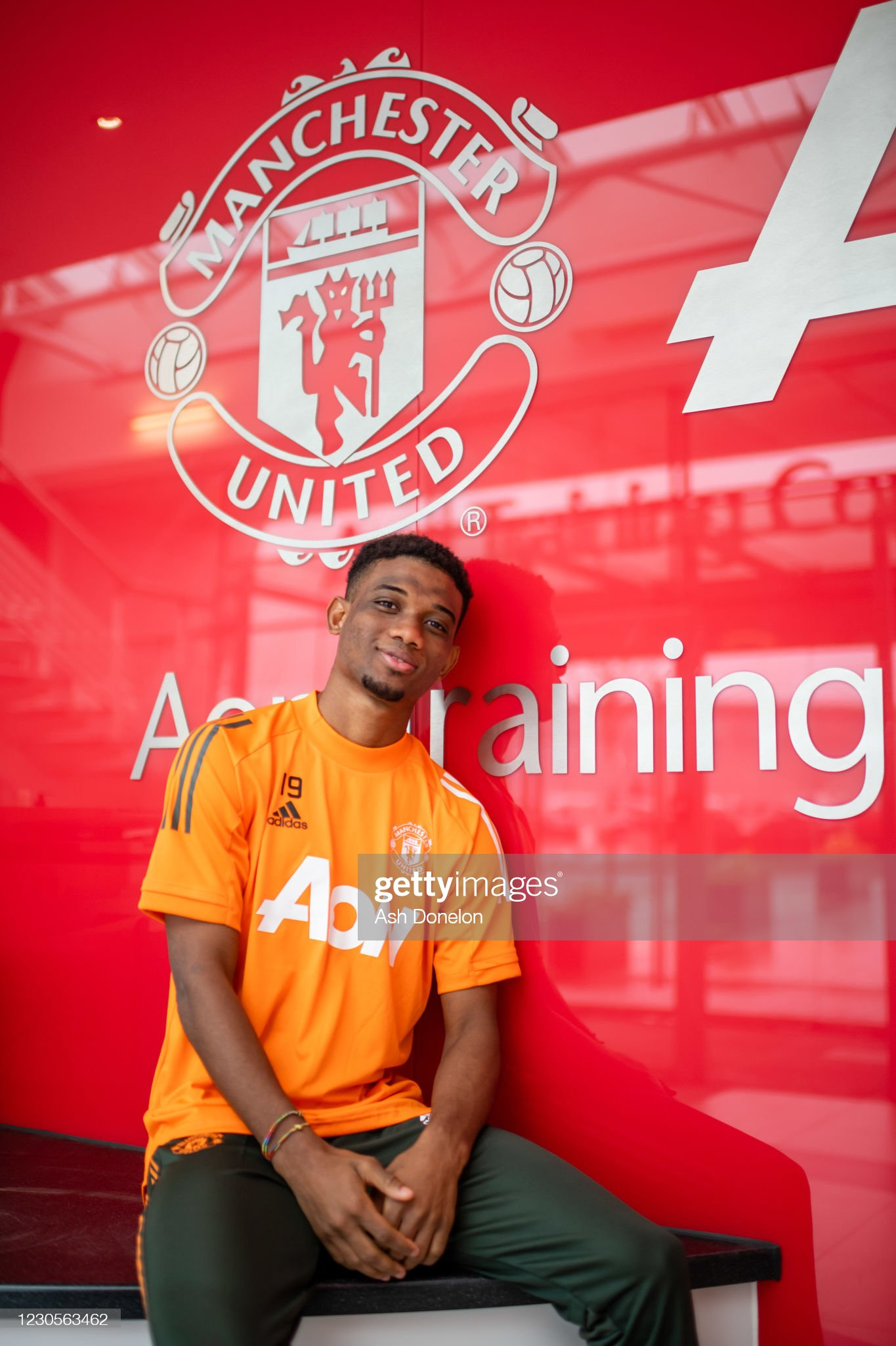 Amad Diallo Arrives for his First Day at Manchester United : ニュース写真