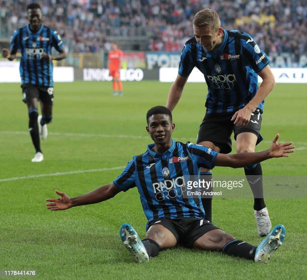 Amad Traore of Atalanta BC celebrates his goal with his teammate Timothy Castagne during the Serie A match between Atalanta BC and Udinese Calcio at...
