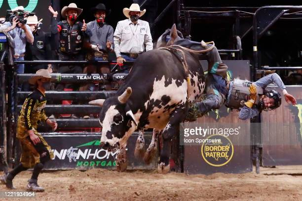 Amadeu Campos Silva gets bucked from bull Marquis Metal Works Draggin Up during the Monster Energy Team Challenge on June 21 at the South Point Arena...