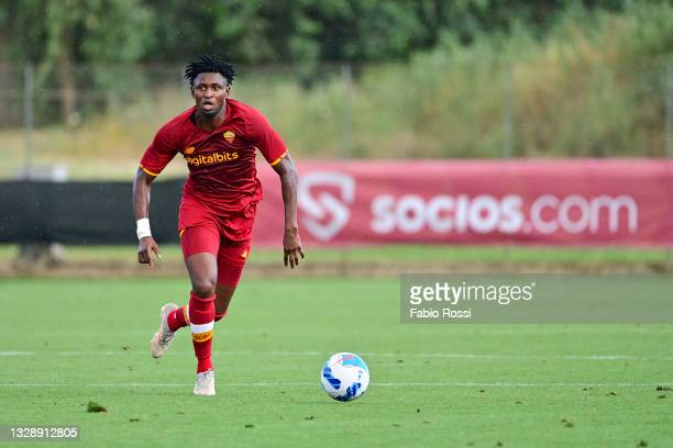 Amadou Diawara in action during the Pre-Season Friendly match between AS Roma and Montecatini at Centro Sportivo Fulvio Bernardini on July 15, 2021...