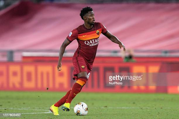 Amadou Diawara of AS Roma during the Serie A match between AS Roma and ACF Fiorentina at Stadio Olimpico, Rome, Italy on 26 July 2020.