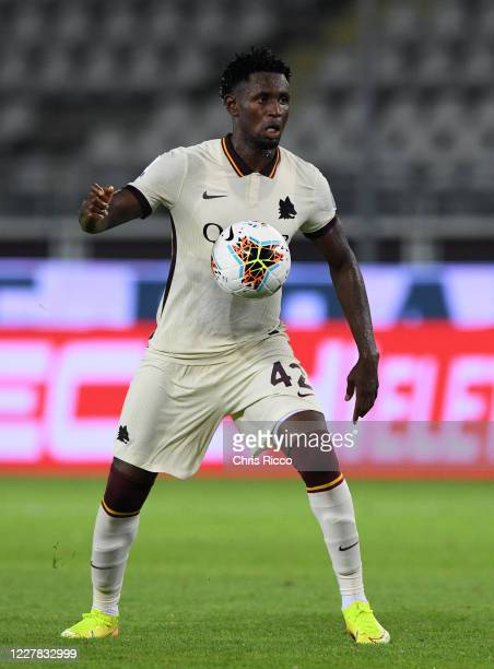 Amadou Diawara of AS Roma during the Serie A match between Torino FC and AS Roma at Stadio Olimpico di Torino on July 29, 2020 in Turin, Italy.