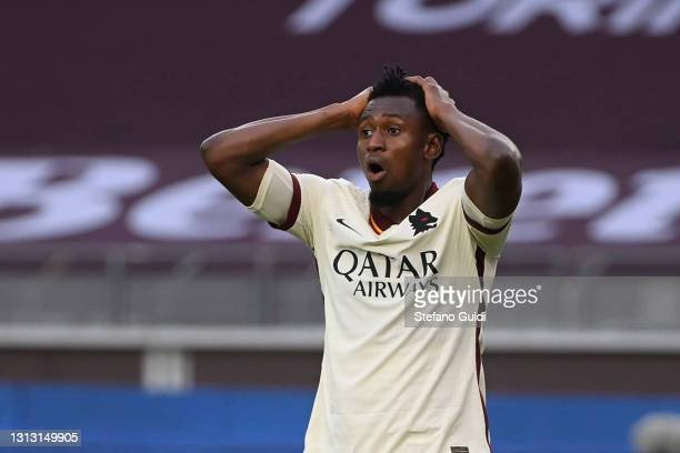 Amadou Diawara of AS Roma reacts during the Serie A match between Torino FC and AS Roma at Stadio Olimpico di Torino on April 18, 2021 in Turin,...