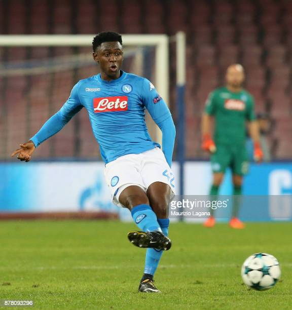Amadou Diawara of Napoli during the UEFA Champions League group F match between SSC Napoli and Shakhtar Donetsk at Stadio San Paolo on November 21...
