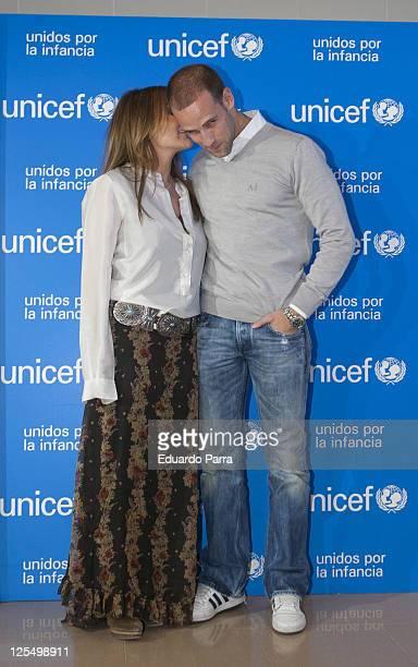 Amaia Montero and Gonzalo Miro attend new Unicef musical christmas press conference at Nuestra Señora del Recuerdo school on November 23 2010 in...