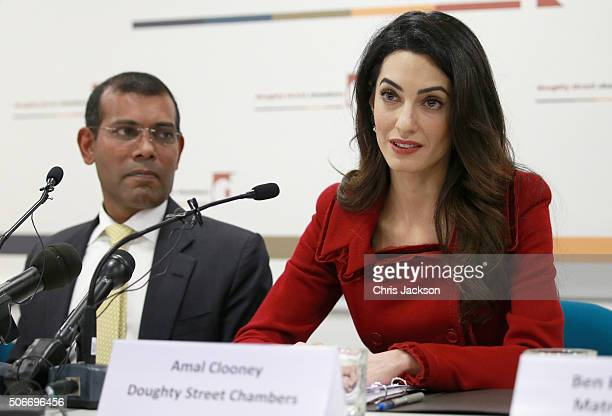 Amal Clooney of Doughty Street Chambers and President Nasheed of the Maldives attend a press conference at Doughty Street Chambers on January 25 2016...