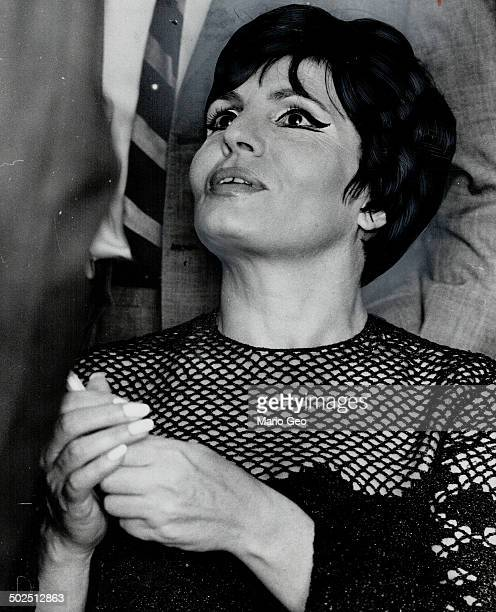 Amalia Rodrigues She knows what it means to suffer