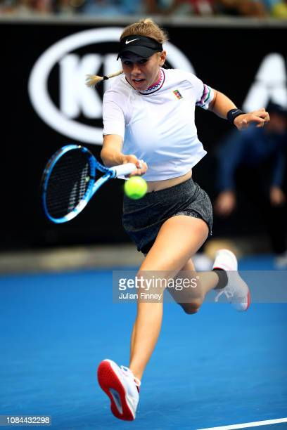 Amanda Anisimova of the United States plays a forehand in her third round match against Aryna Sabalenka of Belarus during day five of the 2019...