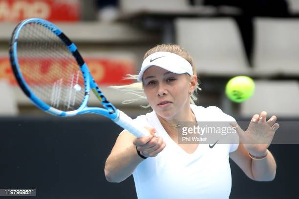 Amanda Anisimova of the USA plays a forehand in her first round match against Kateryna Kozlova of the Ukraine during day two of the 2020 ASB Classic...