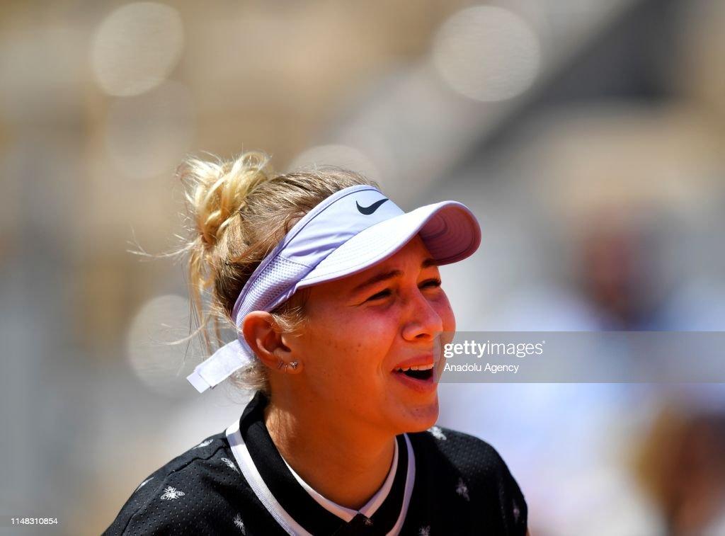French Open 2019 women's quarter final, Simona Halep vs Amanda Anisimova : News Photo
