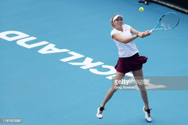 Amanda Anisimova of USA plays a backhand in her first round match against Kateryna Kozlova of Ukraine during day two of the 2020 ASB Classic at ASB...