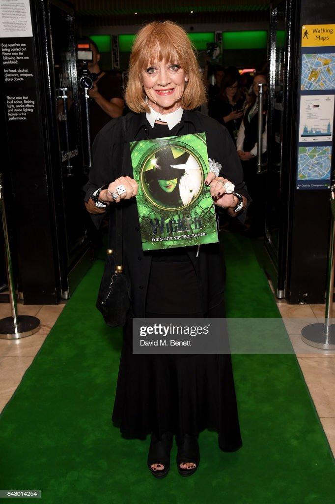 Wicked Celebrates New Cast : News Photo