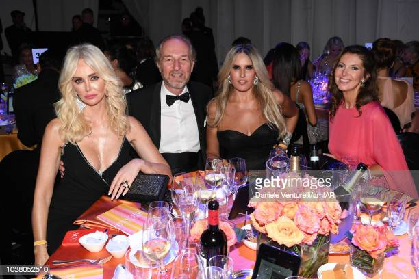 Amanda Caroline Cronin Arturo Artom Tiziana Rocca and Alessandra Repini attend amfAR Gala dinner at La Permanente on September 22 2018 in Milan Italy