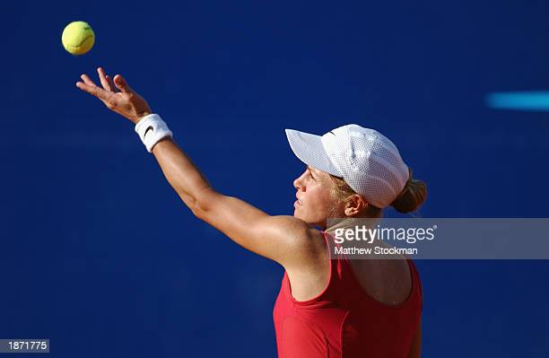Amanda Coetzer of South Africa serves to Mariana DiazOliva of Argentina during the finals of Abierto Mexicano de Tenis Telefonica Movistar on March 2...