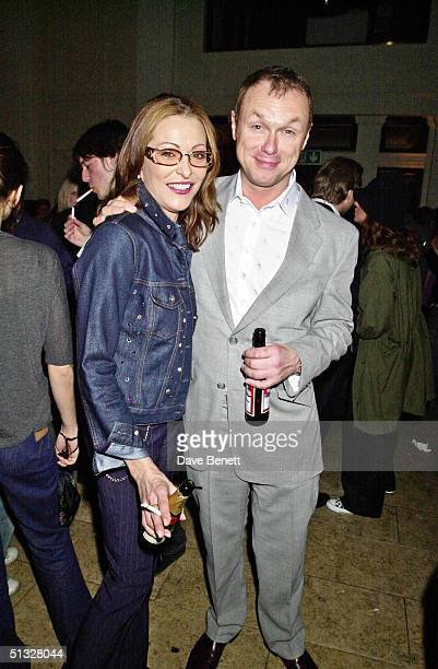 Amanda Donahue and Gary Kemp attend the Harvey Nichols' Launch Party for Chloe at Prism Restaurant on March 29 2001 in London