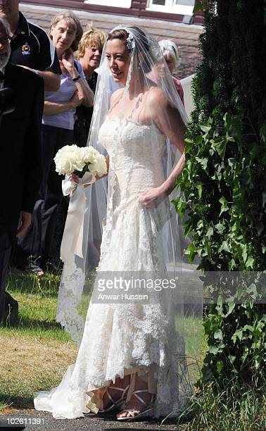 Amanda Kline of Texas arrives to marry Prince Harry's former Equerry Mark Dyer at St Edmund's Church Crickhowell on July 3 2010 in Abergavenny Wales