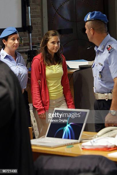 Amanda Knox arrives at the Meredith Kercher murder trial at the Perugia courthouse on September 19 2009 in Perugia Italy Amanda Knox and her former...