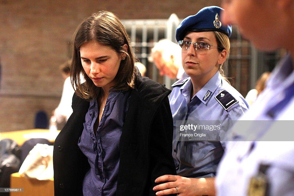 Amanda Knox Awaits Murder Verdict : ニュース写真