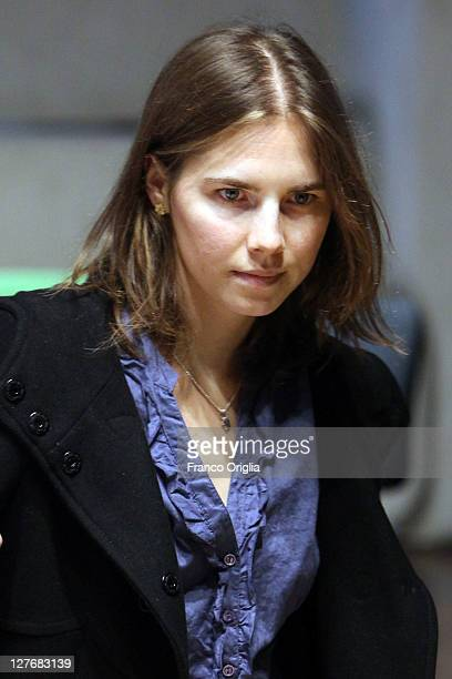 Amanda Knox attends her appeal hearing at Perugia's Court of Appeal on September 30 2011 in Perugia Italy Amanda Knox and Raffaele Sollecito are...